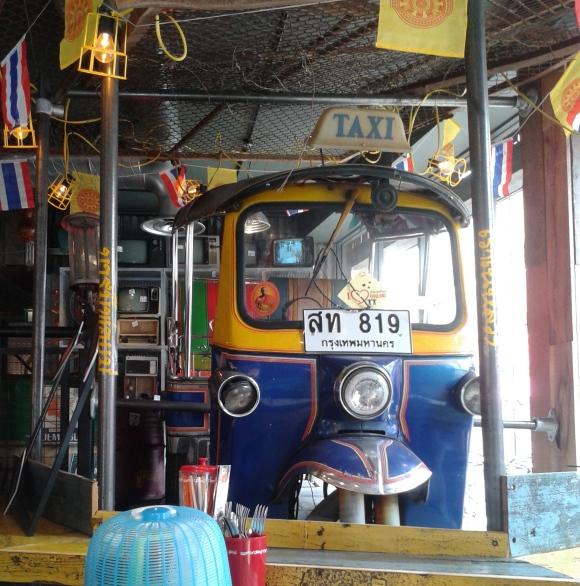 Thaikhun taxi